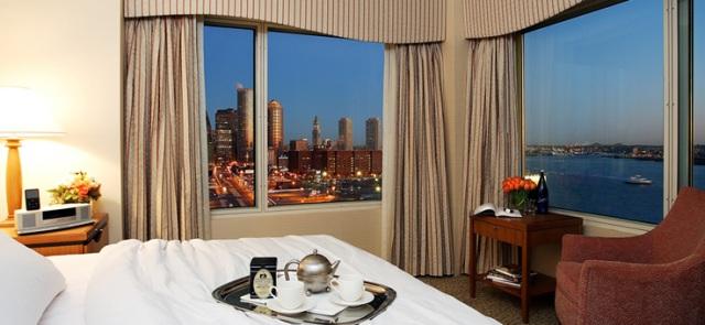 seaport-hotel-executive-suite-night