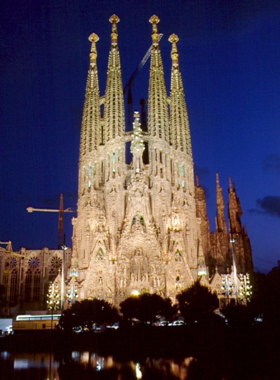 the world s greatest urban parks park g ell barcelona On barcelona kathedrale gaudi