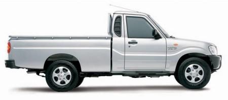 Mahindra-Truck_dian-hasan-branding_IN-1